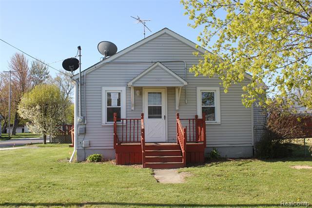 101 W VINEWOOD Street, Durand, MI 48429