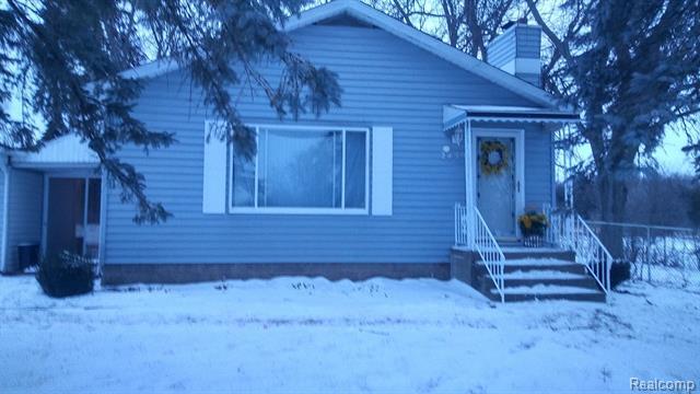 2439 W COLDWATER Road, Flint, MI 48505