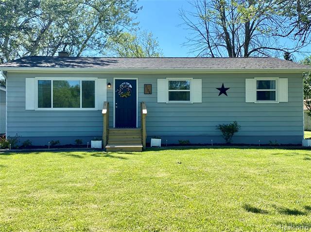 5017 Owen Rd. S VASSAR Road, Burton, MI 48519