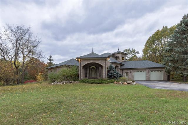 3270 THORNVILLE Road, Dryden, MI 48428