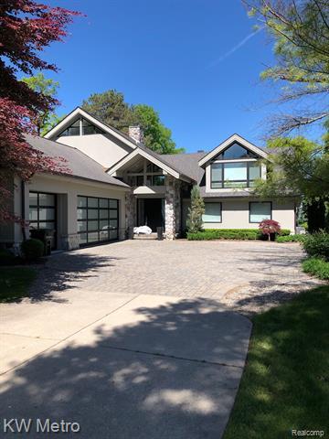3518 ERIE Drive, Orchard Lake Village, MI 48324