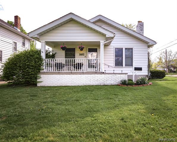 1402 WOODCROFT Avenue, Flint, MI 48503
